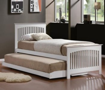 Trundle bed with pull out trundle