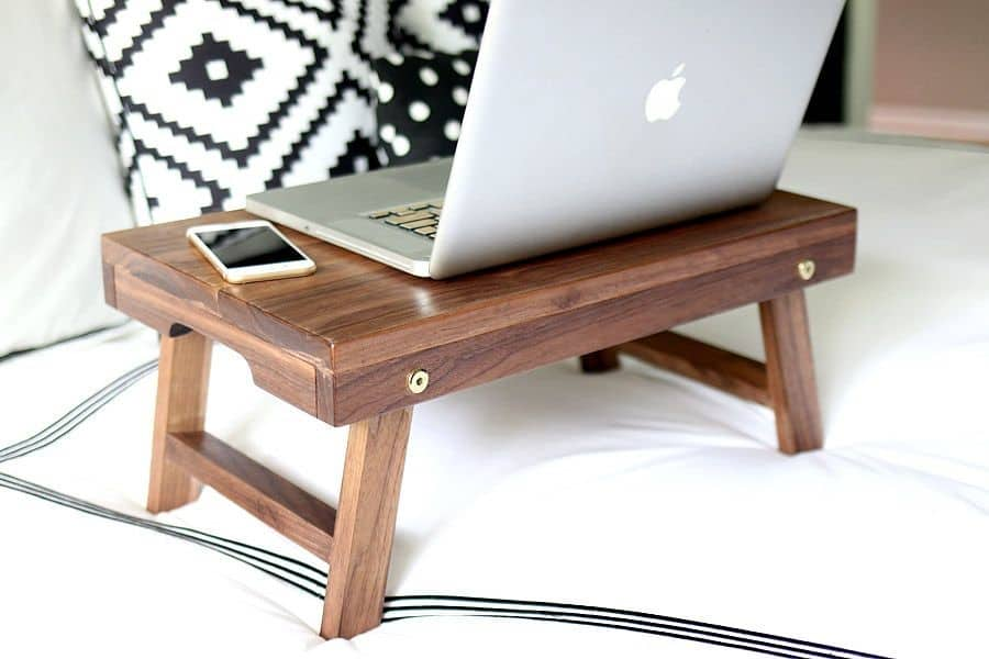 Foldable laptop trays are better than trundle desk combos