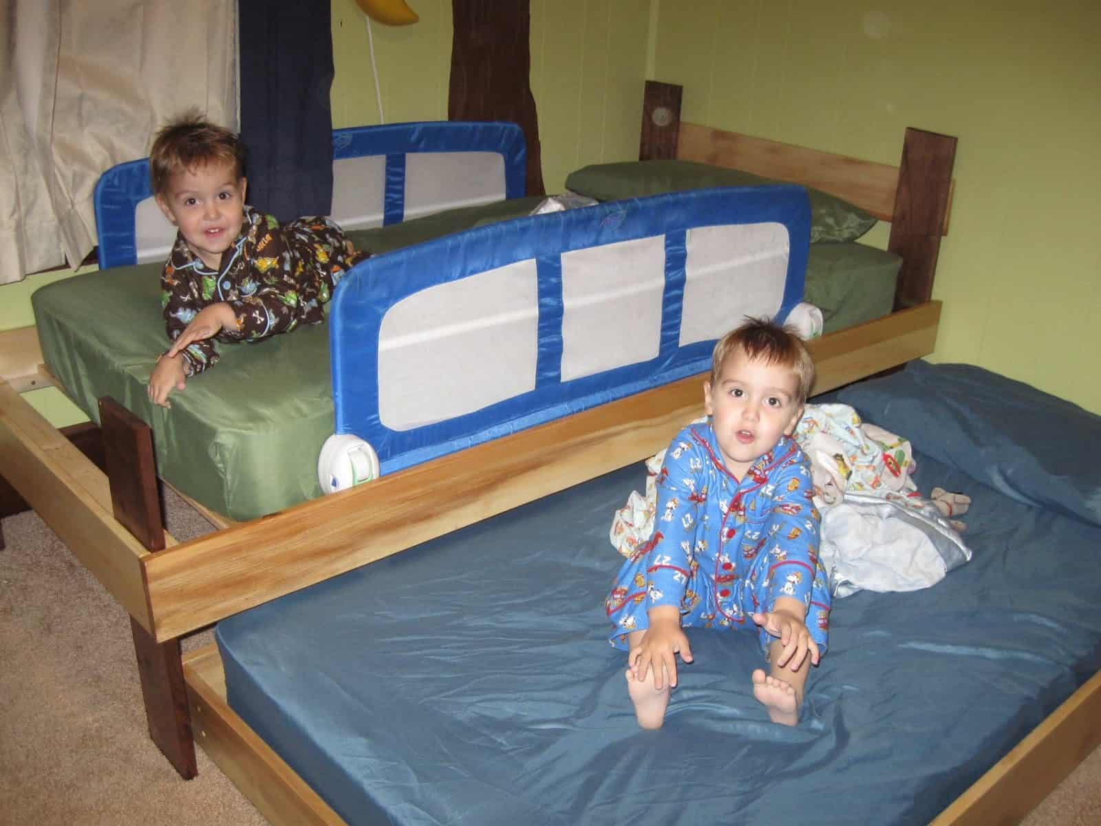 Trundle bed in kids room