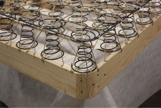 What Is Inside of a Box Spring: Image of traditional box spring coils