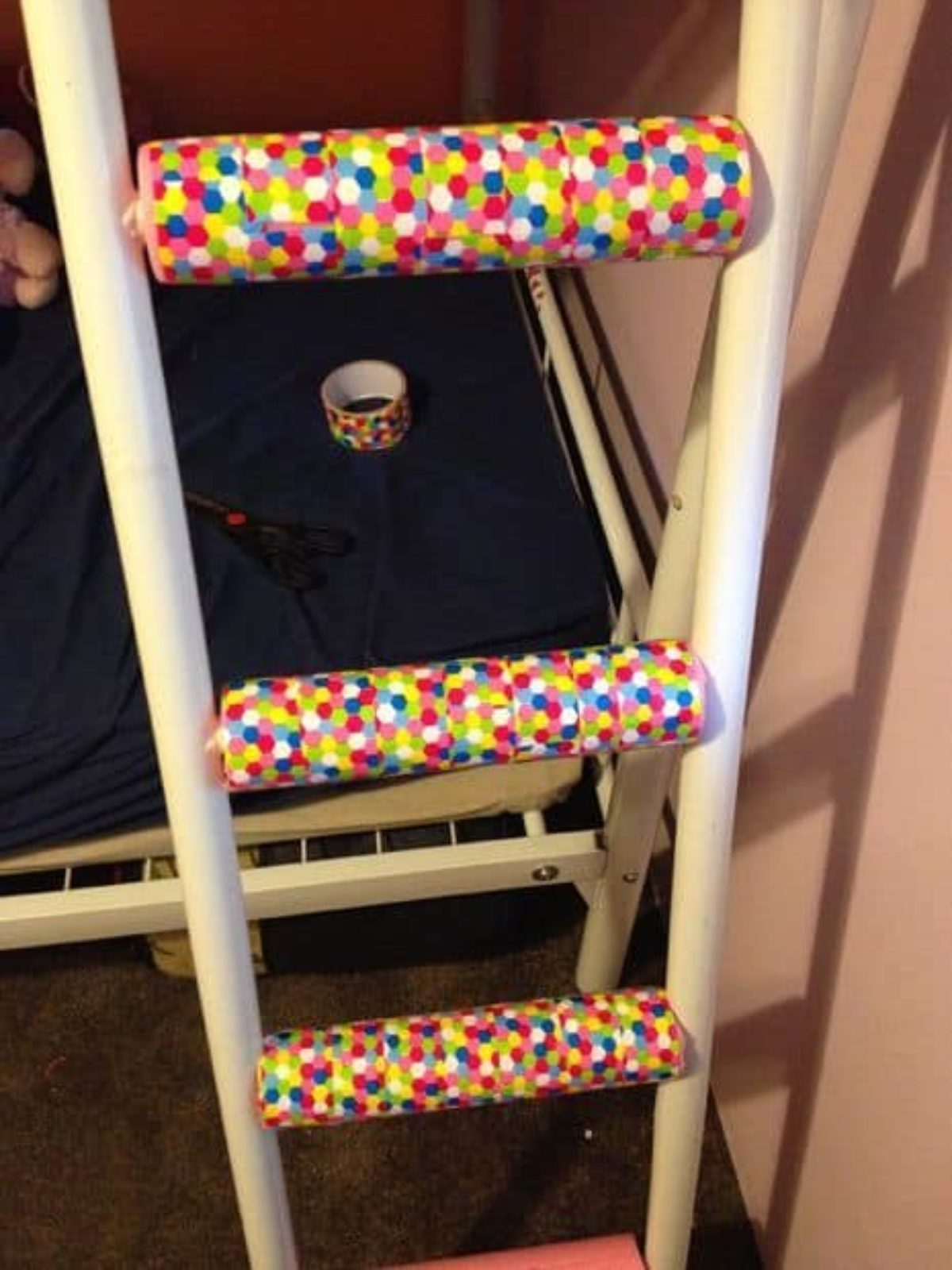 5 Ways To Make Bunk Bed Ladders More Comfortable With Pictures